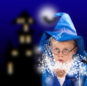 Zauberer in der Halloweennacht